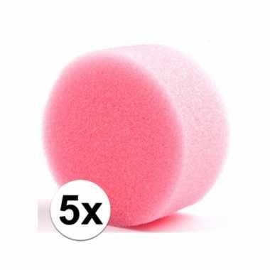 Vijf ronde grimas schmink sponsjes